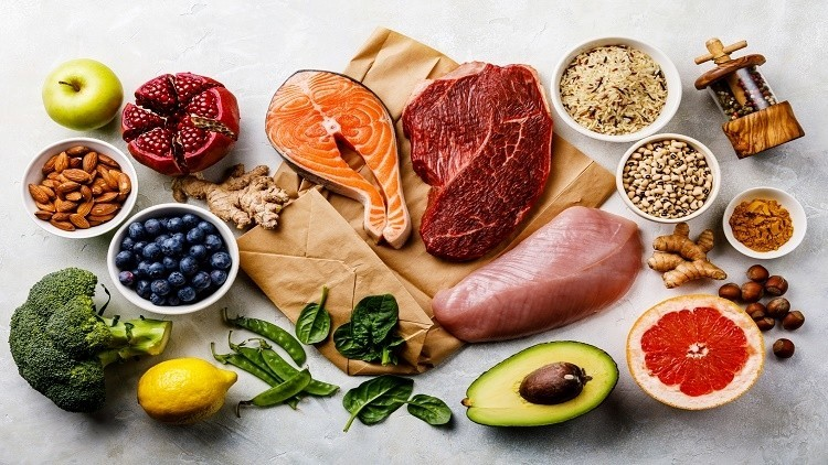 Balanced foods to eat for colorectal cancer prevention